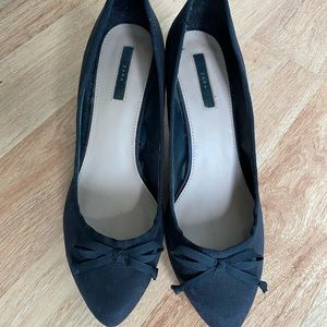 Zara size 41 suede pumps with bows